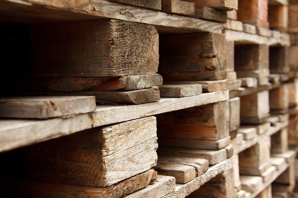 Wie viele Holzbalken hat eine Europalette