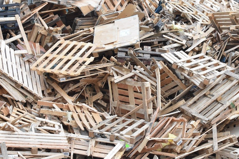 Holzcontainer was darf rein