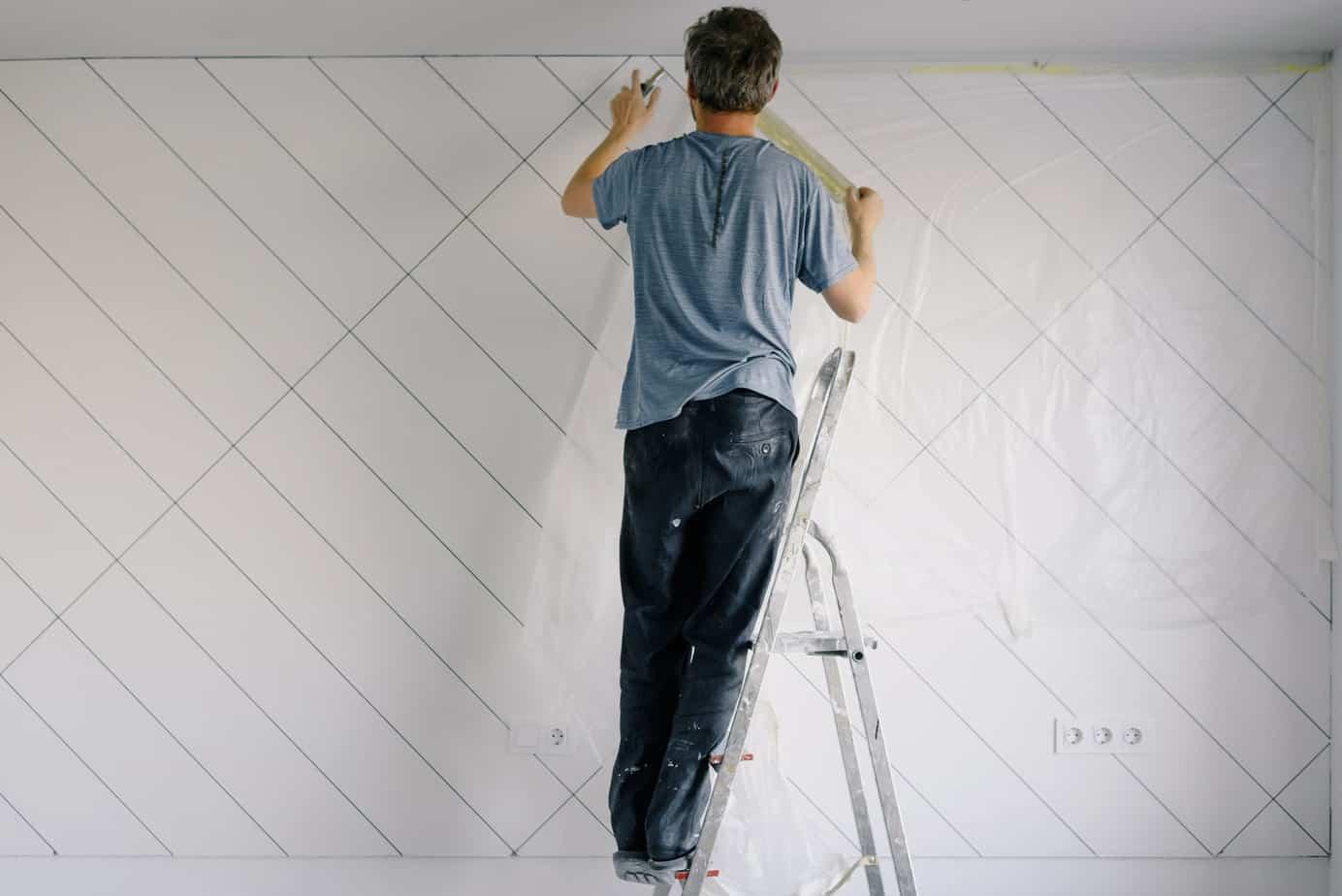Darf ein Raumausstatter Malerarbeiten ausführen?